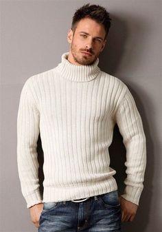 Hot men with beards. Dressy Sweaters, Warm Sweaters, Dapper Gentleman, Dapper Men, Andrew Stetson, Casual Wear For Men, Men's Wardrobe, Dress For Success, Well Dressed Men