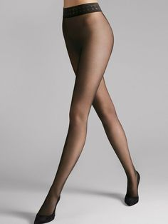 Seamless hosiery: these sheer, nude tights are like a second skin thanks to a high degree of elasticity. The wide waistband ensures the perfect fit. Nude Tights, Sheer Tights, Opaque Tights, Black Tights, Wolford Tights, Patterned Tights, In Pantyhose, Nylons, Collant Wolford