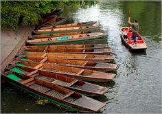 A Punt is a square-ended boat which has a flat bottom with no keel and is usually propelled using a long pole Wooden Boat Plans, Wooden Boats, Boat Building, Building Plans, Visit Cambridge, Play Wood, John Boats, Love Boat, Square Photos