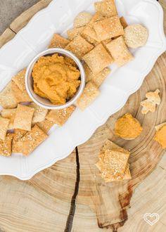 galletas saladas de queso y ajonjoli (1 of 1)-4 Snack, Deli, Cornbread, Dairy, Cheese, Ethnic Recipes, Blog, Cheese Biscuits, Candy
