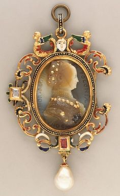 Queen of Poland Cameo by Giovanni Jacopo Caraglio - ca. 1530–40, and 19th century