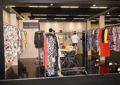 Foto - Feira internacional de moda Trailler Lançamento Coleção Preta Nascimento Rua do Consórcio, 76 Itaim Bibi/ SP Fone - 11 3045-4079