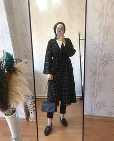 New fashion hijab outfits casual muslim. Source by amqidwi ideas hijab Hijab Casual, Hijab Outfit, Modest Fashion Hijab, Modern Hijab Fashion, Modest Outfits, Fashion Outfits, Dress Casual, Hijab Dress, Casual Outfits