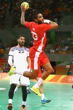 RIO DE JANEIRO, BRAZIL - AUGUST 07: Oussama Hosni of Tunisia shoots during the Mens Preliminary Group A match between France and Tunisia at the Future Arena on Day 2 of the Rio 2016 Olympic Games at the Future Arena on August 7, 2016 in Rio de Janeiro, Brazil. (Photo by Phil Walter/Getty Images)