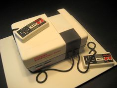 Old School Nintendo - This cake was a groom's cake that went to the same wedding as my Garfield cake (to each his own! This one was really fun to do. Cake was chocolate with caramel buttercream. Old Man Birthday, 80s Birthday Parties, 40th Birthday, Nintendo Cake, Nintendo Party, Garfield Cake, 40th Party Ideas, Music Cakes, Cake Design Inspiration