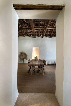 Mediterranean homes – Mediterranean Home Decor Home Design, Interior Architecture, Interior And Exterior, Rue Verte, Casa Cook, Mediterranean Homes, Beautiful Space, Rustic Interiors, Modern Rustic