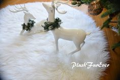 Christmas Decor Area Rug Round Sheepskin True White Warm White Shaggy Lux Furs Rug and can be use as Tree Skirt Long Pile Fluffy Furs Oval Rugs, Round Area Rugs, Faux Fur Tree Skirt, Fur Rug, Nursery Rugs, Sheepskin Rug, White Area Rug, Shaggy, Tree Skirts