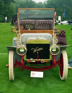 1906 Winton. The Winton Motor Carriage Company was a pioneer United States automobile manufacturer based in Cleveland, Ohio. Winton was one of the first American companies to sell a motor car.