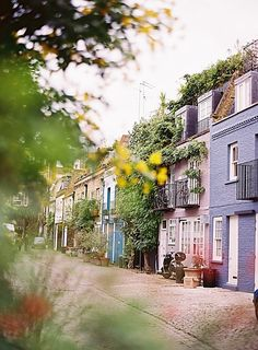 GREATER LONDON – London, England, Great Britain, UK. The blue flat on the far right is at 21 St. Lukes Mews @ All Saints Rd. in the Notting Hill neighbourhood. https://www.google.ca/maps/place/21+St+Lukes+Mews,+London+W11,+UK/@51.5178796,-0.2116881,15z/data=!4m5!3m4!1s0x4876101cf8f5c257:0x2687fe04c9f4d024!8m2!3d51.5178796!4d-0.2029334