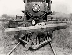Buster Keaton in The General  Watch