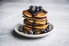 So Delicious Organic Coconut Milk Beverage Unsweetened -- 32 fl oz Paleo Blueberry Pancakes Recipe Breakfast And Brunch, High Protein Breakfast, Breakfast Recipes, Pancake Recipes, Vegan Recipes Easy, Cooking Recipes, Pancake Bites, Protein Rich Foods, Blueberry Pancakes