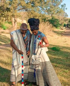TRADITIONAL XHOSA ATTIRES,The most interesting thing about fashion is how you can make the most casual outfit look splendid and fitting for all occasions Zulu Traditional Attire, Sepedi Traditional Dresses, South African Traditional Dresses, Traditional Wedding Attire, African Traditional Wedding, African Wedding Attire, African Attire, African Fashion Dresses, African Dress