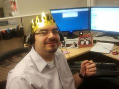 Ismael says that the ultimate fashion is to combine a tiara with headphones.