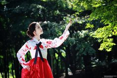 Korean traditional clothes by Hanji  on 500px