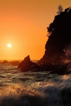 "wavemotions: ""Last Light Anson Bay by Ian C Rolfe """