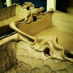 Rectangular Serving Trays, handle detail Serving Trays, Pottery Ideas, Handle, Ceramics, Statue, Detail, Artist, Ceramica, Pottery