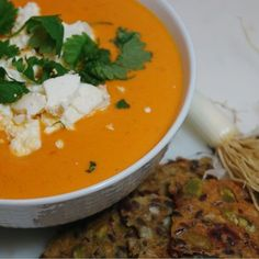 Krämig tomatsoppa med fetaost Veggie Soup, Creamy Pasta, Tasty Dishes, Food Inspiration, Meal Planning, Vegetarian Recipes, Food Porn, Good Food, Veggies