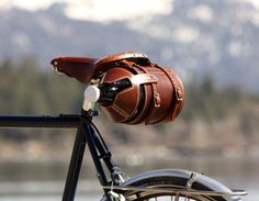 A hands-free approach to carrying your growler. By: PedalHappyDesign