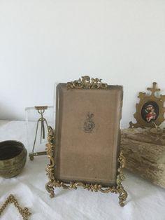 French vintage frame, bronze and Brass, 19th century Golden Handmade frame rocaille style de la boutique VintagedeFrance sur Etsy