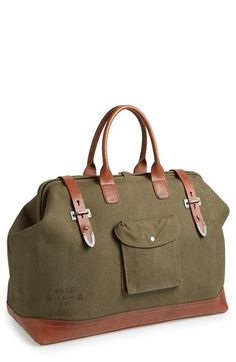 Loving this vintage field doctor-style satchel http://rstyle.me/n/vrxz5nyg6