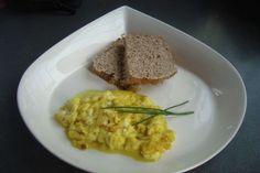 Prepara Huevos Revueltos ¡de Tofu y Mostaza!