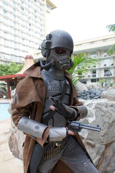 the strip 2 - Fallout New Vegas - NCR Veteran Ranger Ncr Ranger, Fallout New Vegas Ncr, Fallout Fan Art, Fallout Cosplay, Military Special Forces, Sci Fi Films, Elder Scrolls, 2 Photos, Eminem
