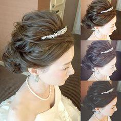 Misa Niinobe l 新延 美紗さんはInstagramを利用しています:「* *************** low bun style🐩 *************** * *…」 Two Buns Hairstyle, Messy Bun Hairstyles, Wedding Hairstyles, Bridal Hairstyle, Bun Styles, Hair Styles, Hair Arrange, Hair Setting, Tiaras And Crowns
