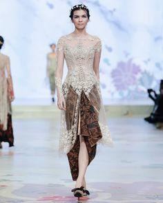 Kebaya Lace, Kebaya Hijab, Batik Kebaya, Kebaya Dress, Kebaya Muslim, Batik Dress, Kebaya Wedding, Muslimah Wedding Dress, Gala Dresses