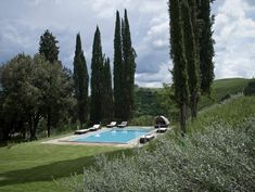 The Travel Files: Villa Vergelle In Tuscany, Italy Villas, Outdoor Living, Indoor Outdoor, Outdoor Spaces, Country Modern Home, Country Living, Rue Verte, Tuscany Italy, Villa Tuscany