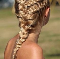 Coiffure : Hair rollers are now invisible! Love Hair, Great Hair, Gorgeous Hair, Beautiful Braids, Amazing Braids, Awesome Hair, Up Hairstyles, Pretty Hairstyles, Elegant Hairstyles