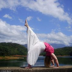 Woman branded 'fat' now teaches plus size #yoga classes-it's not just for 'skinny fit people""