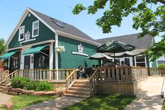 Landmark Cafe is located in scenic Victoria by the Sea, Prince Edward Island. Specializing in homemade meals, unique atmosphere and friendly service. Enjoy a PEI Lobster Feast.
