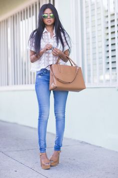 Whitney Eve top, Hudson jeans, Shoemint shoes, Coach bag