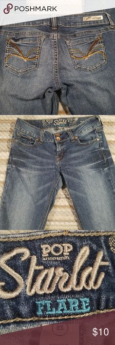 Refuge Women Sz 8S Pop Starlet Flare Leg Jeans Inseam 27.5 Length 35.5 all measurements are approximate ~ good used condition with no stains ~ flare leg~ traditional 5 pocket design ~ refuge Jeans Flare & Wide Leg