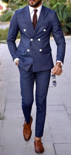 Blue double breasted suit with white buttons. Mens Fashion Suits, Mens Suits, Double Breasted Suit Men, Blue Suit Men, Blue Suits, Blue Pinstripe Suit, Classy Suits, Mode Costume, Designer Suits For Men