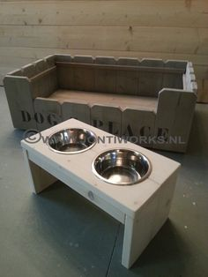 Pets Place On Pinterest Dog Furniture Dog Beds And Wood Pallets