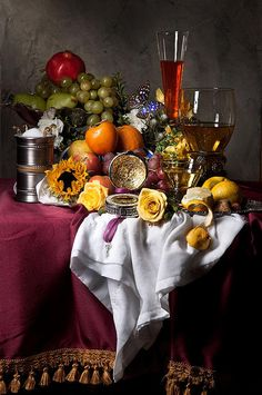 Stillleben von Willem Kalf - New Site Baroque Painting, Baroque Art, Fruit Photography, Still Life Photography, Rembrandt, Dutch Still Life, Still Life Fruit, Wine Art, Dutch Painters