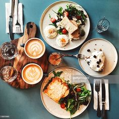 Stock Photo : Brunch for two people with avocado toast, fried egg, salad, cappuccino and carrot cake served on the table, high angle view Weight Loss Meals, Casserole Enchilada, Healthy Dinner Recipes, Diet Recipes, Summer Recipes, Healthy Foods To Eat, Healthy Eating, Health Breakfast, Breakfast Ideas