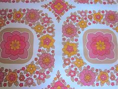 Vintage 1970s Wallpaper - Pretty Pink Flower - Price per yard