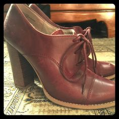 Hinge Oxford type wine leather booties Gorgeous from Anthropologie, these stunners look great with jeans, skirts...you name it. A lovely heel and beautiful leather. Hinge Shoes Ankle Boots & Booties