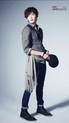 Lee Jong Suk - K Wave Magazine May Issue 13