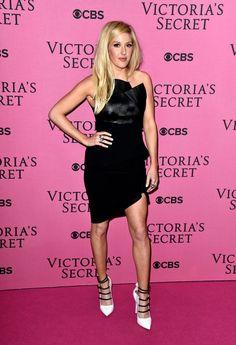 Pin for Later: Les Looks Du Tapis Rouge Pourraient Rivaliser Avec Le Défilé Victoria's Secret Ellie Goulding