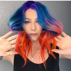 #shoutoutsunday  Lucky girl! @wesdoeshair created this fire-and-ice color melt for his fiancé for the Sunset Music Festival in Tampa #hotonbeauty #hothairvids