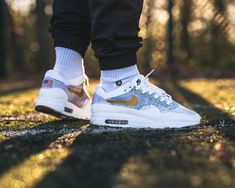 Nike ID Air Max 1 Flyknit (by vieilleecole) Buy Sneakers, Air Max Sneakers, Air Max 1, Nike Air Max, Zapatillas Jordan Retro, Adidas Ultra Boost Uncaged, Baskets, Basket Style, Nike Shoes Outfits