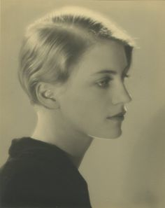 adreciclarte — Lee Miller, 1930 by  Man Ray
