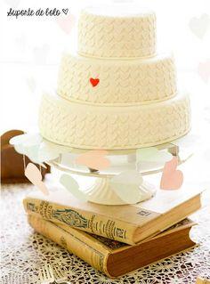 12 ideias para usar livros antigos no seu casamento |http://www.blogdocasamento.com.br/12-ideias-para-usar-livros-antigos-no-seu-casamento/