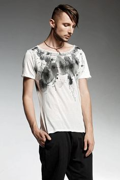 ITEM DETAILS  OMI Hand drawn white T shirt with a deep neck line. The 7814bfeb42b