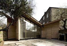 Designed in Hackney: The Sunday Stuga by Liddicoat & Goldhill Garden Huts, Garden Cabins, Sustainable Architecture, Sustainable Design, Architecture Design, Studio Shed, Garden Studio, Small Buildings, Garden Buildings