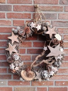 Discover recipes, home ideas, style inspiration and other ideas to try. Christmas Hearts, Christmas Diy, Christmas Ornaments, Country Christmas Decorations, Xmas Decorations, Natal Natural, Deco Nature, 242, Xmas Wreaths