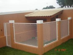 61 Ideas For Dog Crate Plans Puppys Dog Kennel Designs, Diy Dog Crate, Easy Pets, Dog House Plans, Dog Spaces, Dog Area, Dog Rooms, Outdoor Dog, Animal House